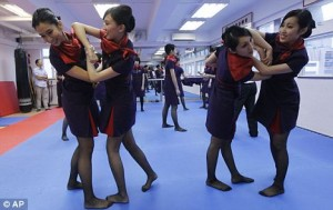 chinese airlines staff attacked by customers